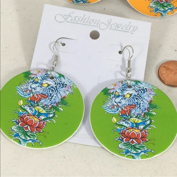 "Unbranded Jewelry - 💚New 2"" Wide Tattoo Dragon Lime Green Earrings"